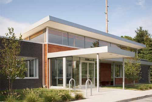 Eco architettura per gli uffici della r b murray company for Eco architettura